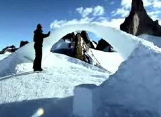 The Antarctic Ice Bridge Video courtesy of the Leonardo Project.